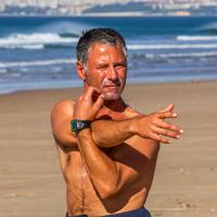 Гильермо Гарсия - инструктор серф-кемпа в Кашкаише